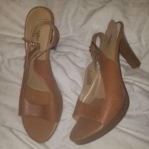 Mossimo Brown Heels